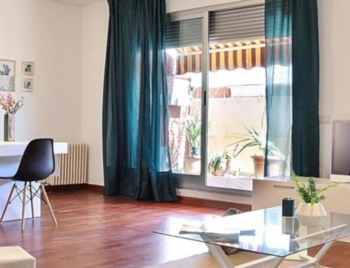 Home Staging con Mobiliario de Cartón en Piso Vacío en Sevilla